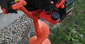 Možnost zapůjčení motorového vrtáku